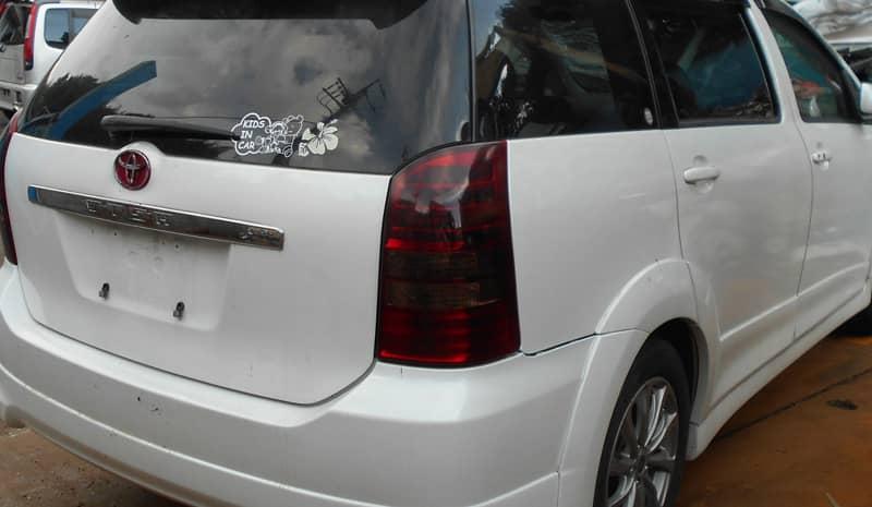 小菅村のお客様から廃車買取したトヨタ ウィッシュ